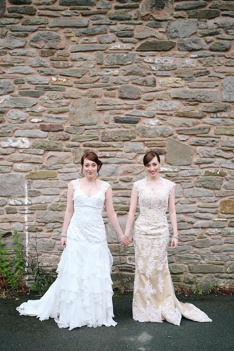Double Twin Sisters Wedding Bride Bridal http://www.michellehuggleston.com/
