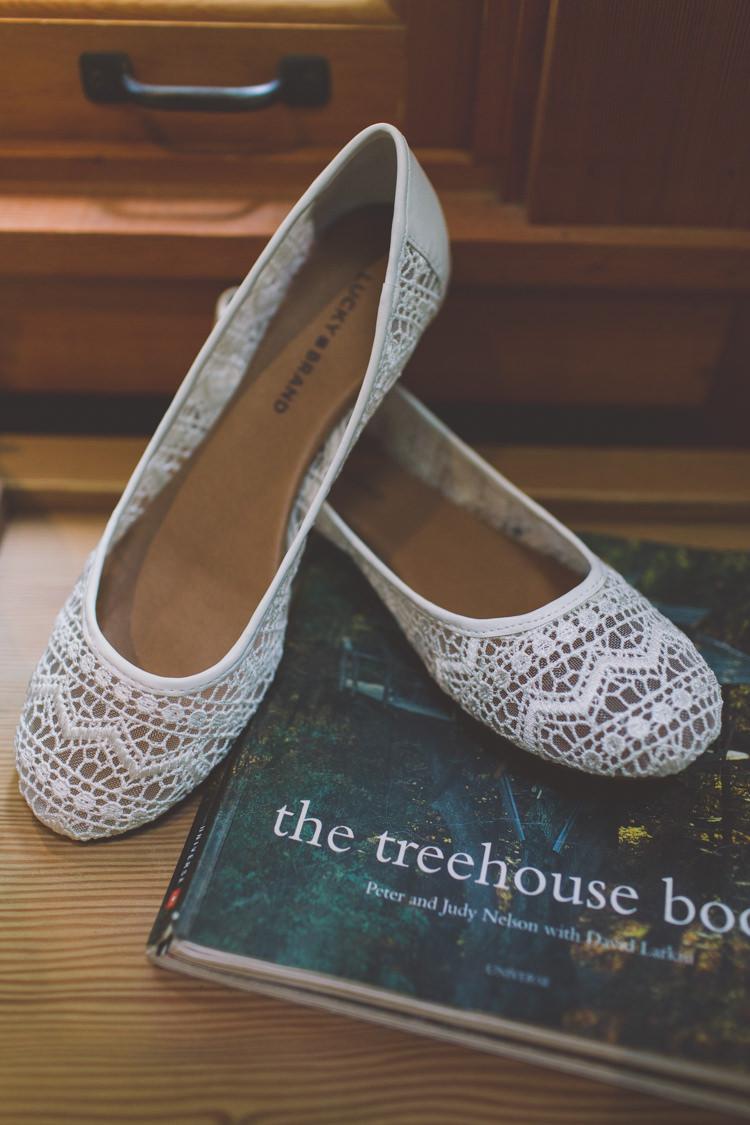 Crochet Shoes Bride Bridal Treehouse Forest Wedding Washington http://stacypaulphotography.com/