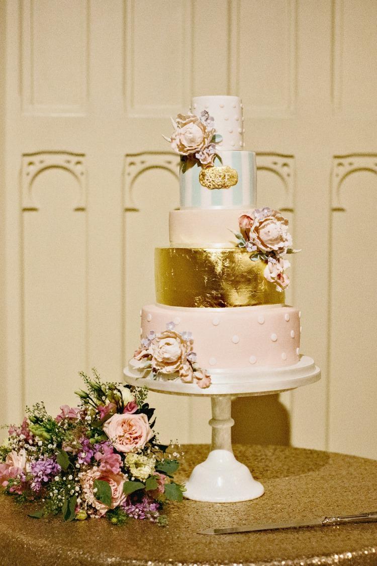 Melissa Woodland Cakes Wedding Luxury mckinley-rodgers.co.uk