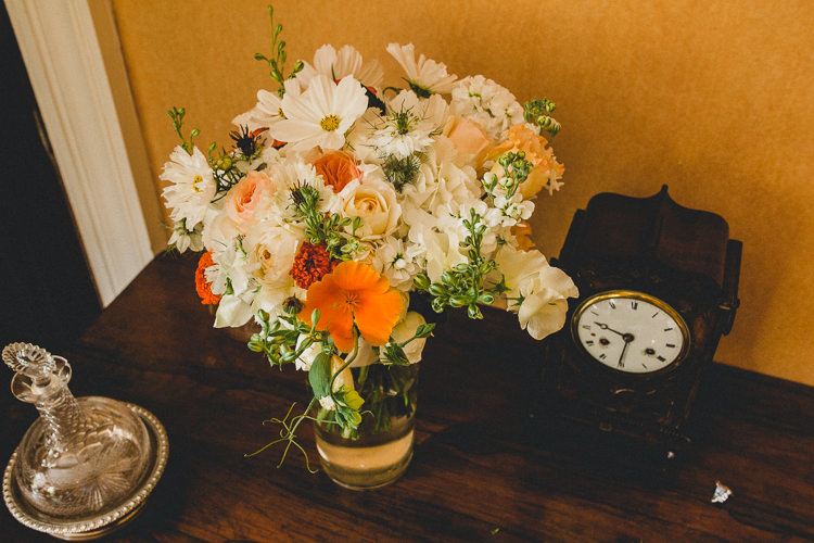 White Peach Bouquet Bride Bridal Flowers Country Crafty Colourful Weekend Party Wedding http://www.noeldeasington.com/