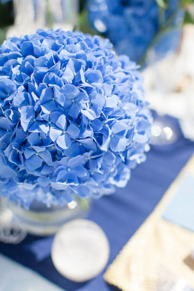 Hydrangeas Table Centrepiece Bohemian Blue White Santorini Engagement http://www.robertafacchini.com/