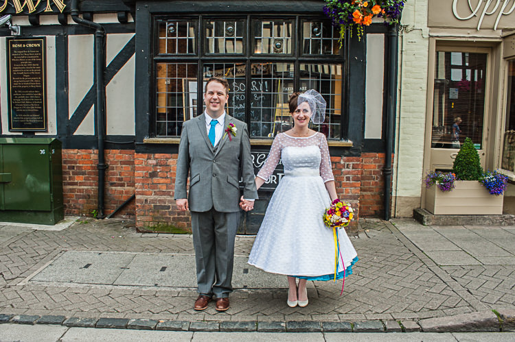 Riverside DIY Colourful Wedding http://www.robfarrellphotography.uk/