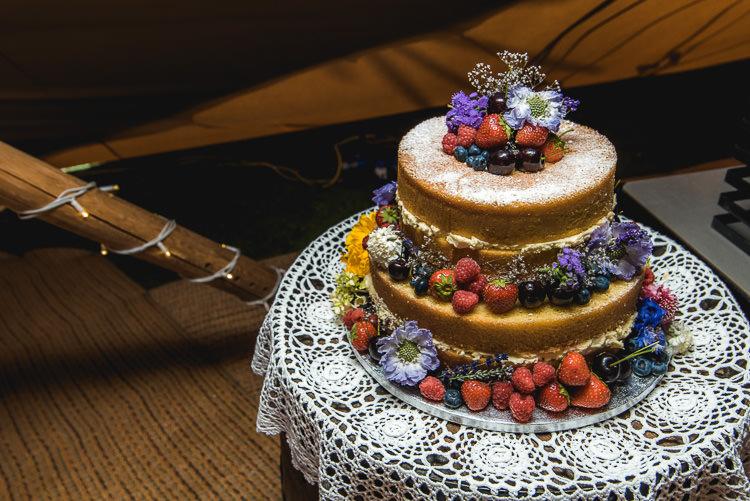 Naked Cake Sponge Layer Fruit Berries Mismatched Farm Tipi Wedding http://www.andrewkeher.co.uk/