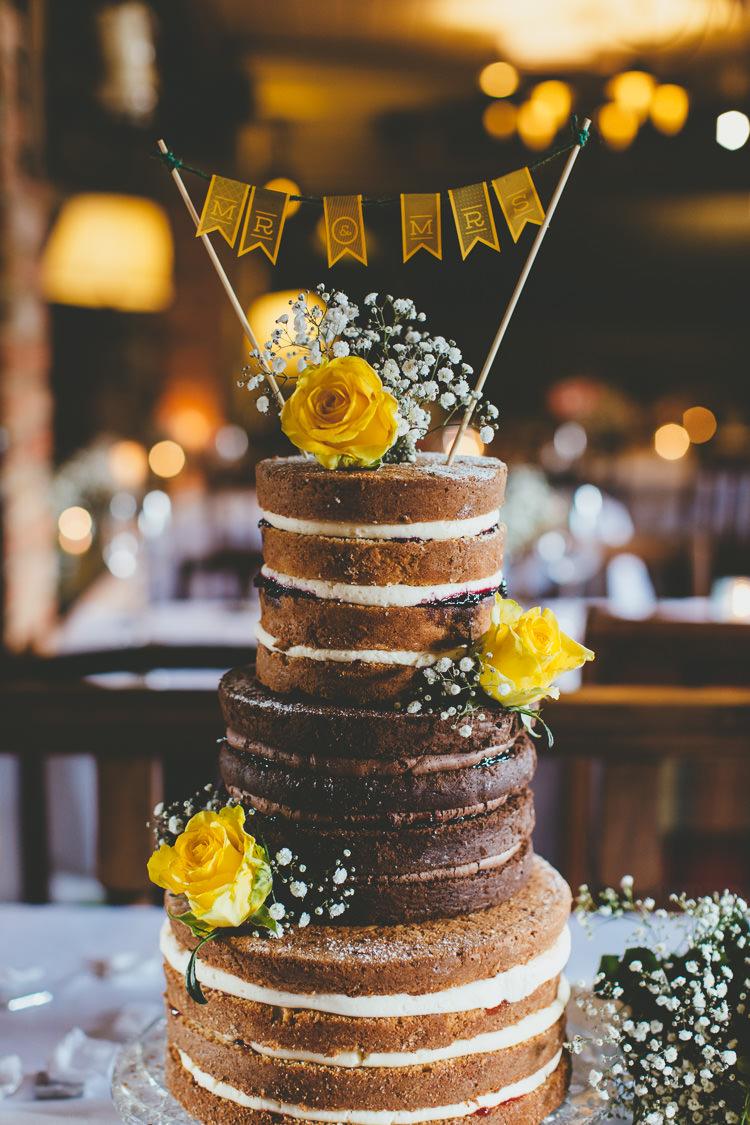 Naked Cake Sponge Flowers Bunting Topper Durdle Door Cliff Wedding http://www.paulunderhill.com/