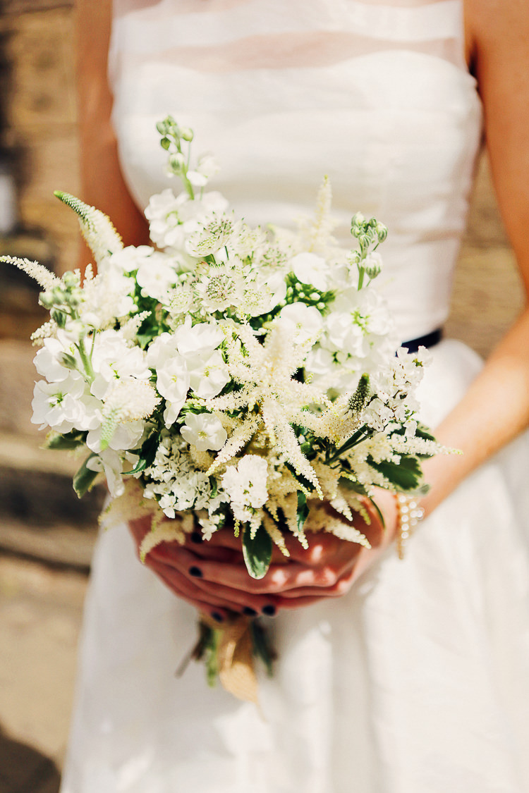White Bouquet Flowers Bridal Astilbe Astrantia Veronica Phlox Lavender Hare's Tail Rustic Treehouse Wedding http://helenrussellphotography.co.uk/