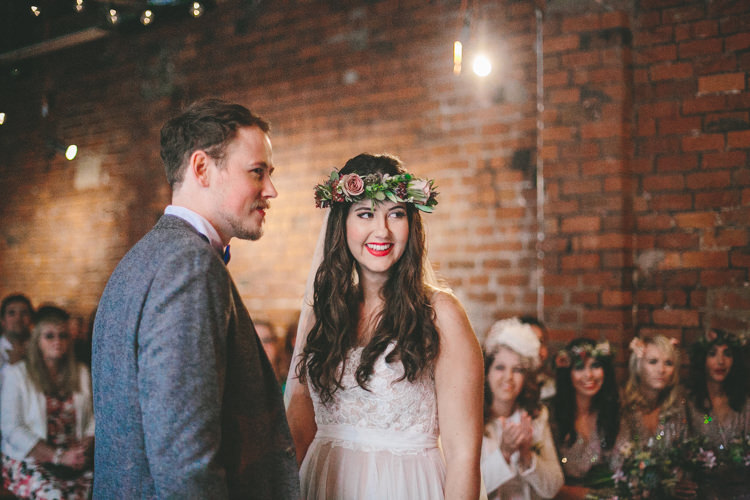Industrial Indie Autumn City Wedding http://www.elliegracephotography.co.uk/