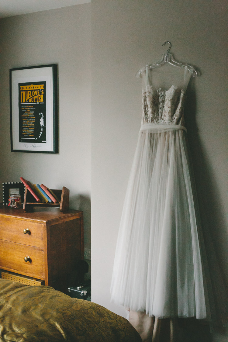 Tulle Floral Dress Gown Bride Bridal Industrial Indie Autumn City Wedding http://www.elliegracephotography.co.uk/