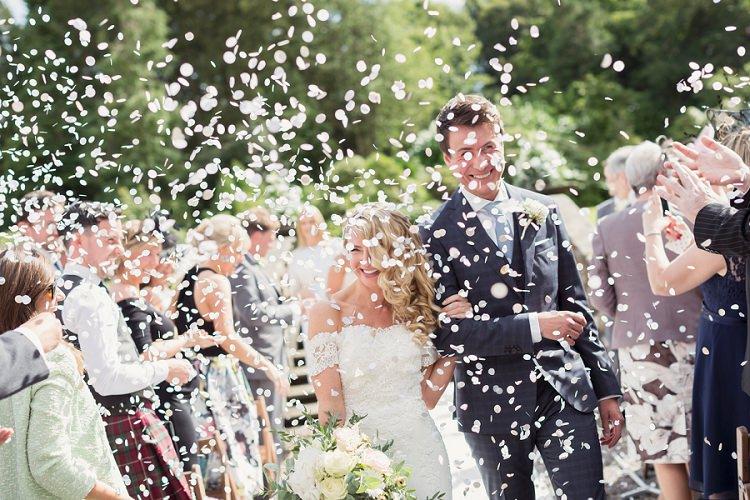 Confetti Throw Romantic Metallic Blush Wedding http://www.craigsandersphotography.co.uk/