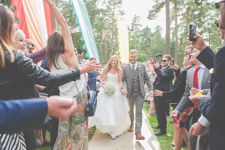 Confetti Quirky Natural Woodland Wedding http://lisahowardphotography.co.uk/