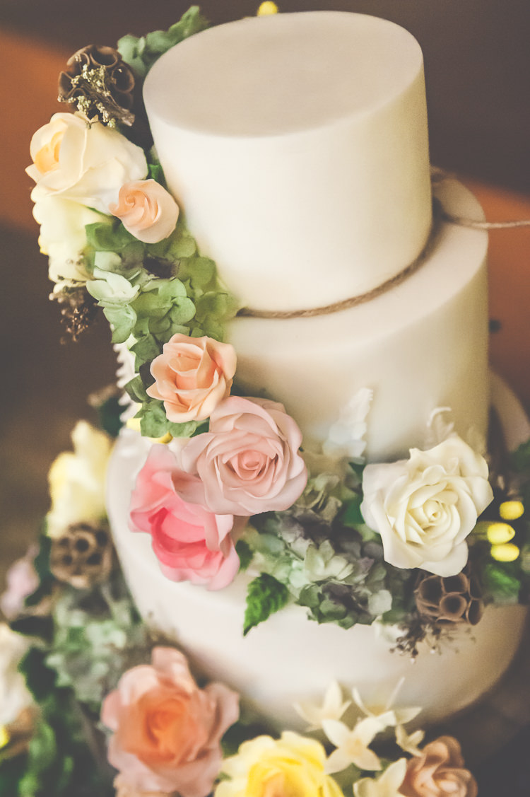 Flowers Icing Cake Forest Whimsical Quirky Natural Woodland Wedding http://lisahowardphotography.co.uk/