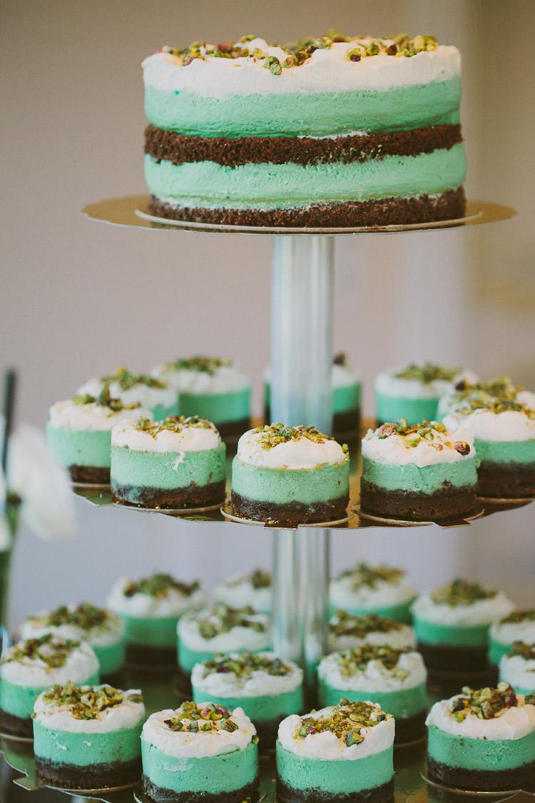 Cake Mini Cakes Top Cake Mint Chemistry Outdoor Wedding Estonia http://sokkphoto.com/