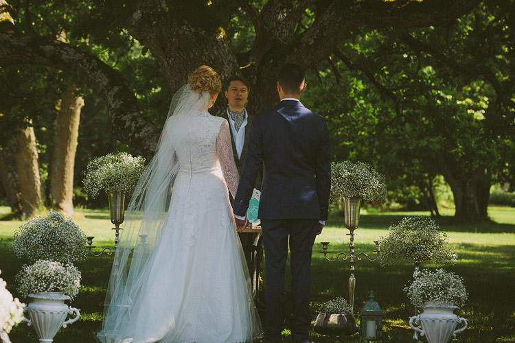 Mint Chemistry Outdoor Wedding Estonia http://sokkphoto.com/