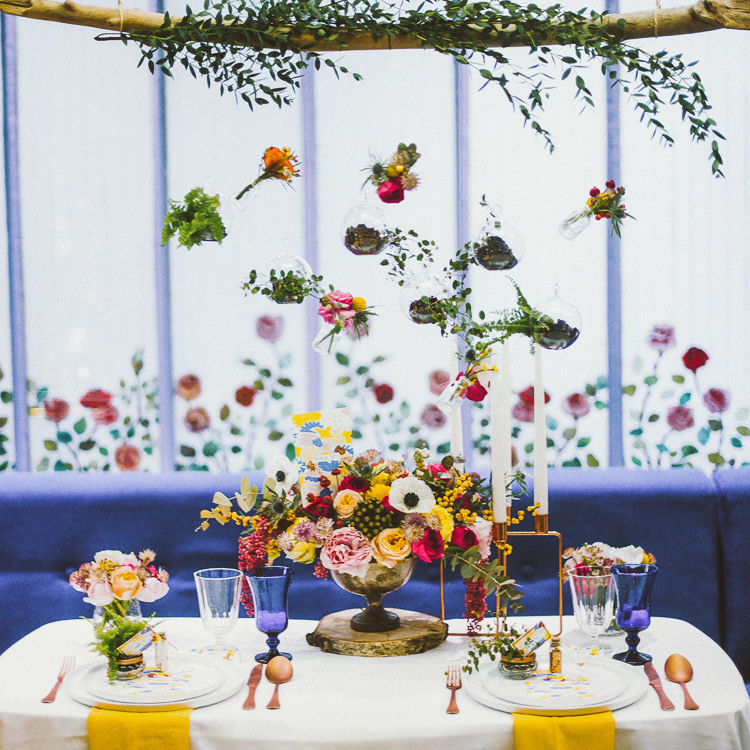 Hanging Flowers Table Decor Pink Yellow Blue Whimsical Vibrant Multicolour Wedding Ideas http://hecapture.fr/