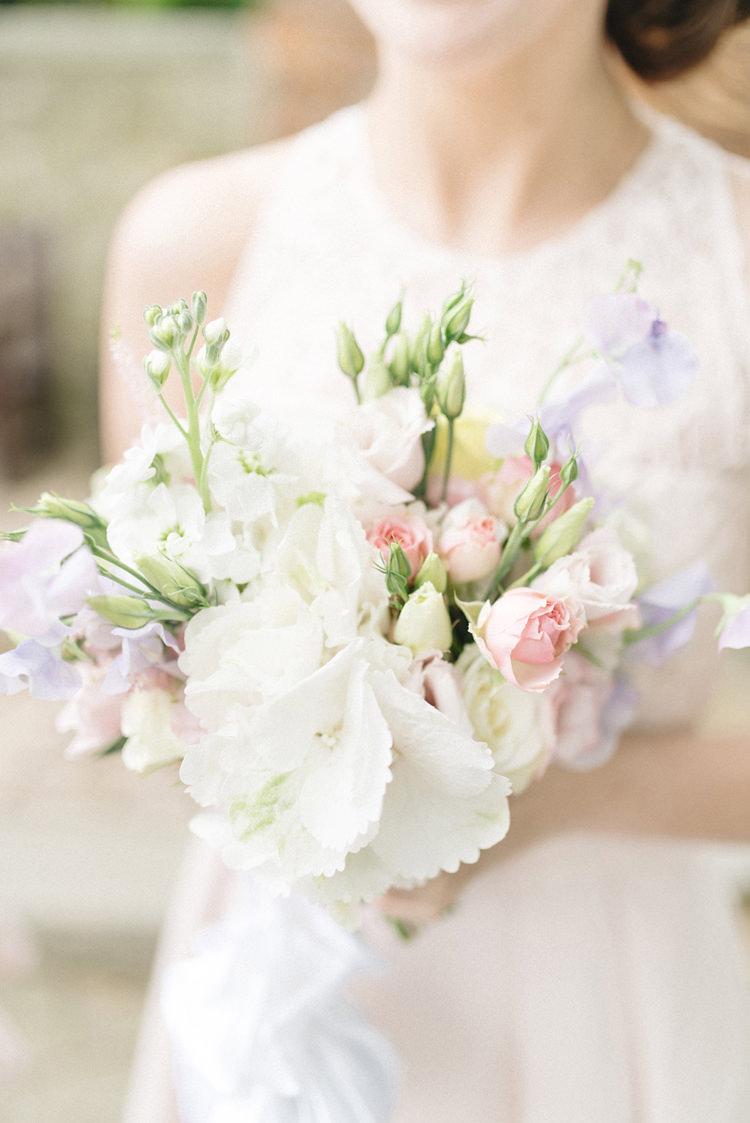 Bouquet Flowers Pretty Purple Pink White Bride Bridal Chic Pastel City Wedding http://sarahjaneethan.co.uk/