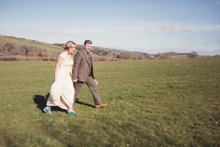 Colourful Crafty Country Spring Village Wedding http://myfabulouslife.co.uk/