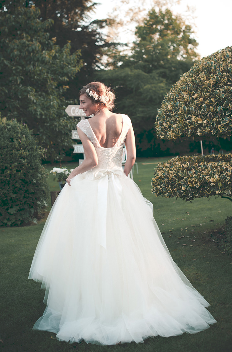 Bluebell Sassi Holford Dress Gown Bride Bridal Tulle Bow Back Beautiful Summer Garden Party Wedding http://divinedayphotography.com/