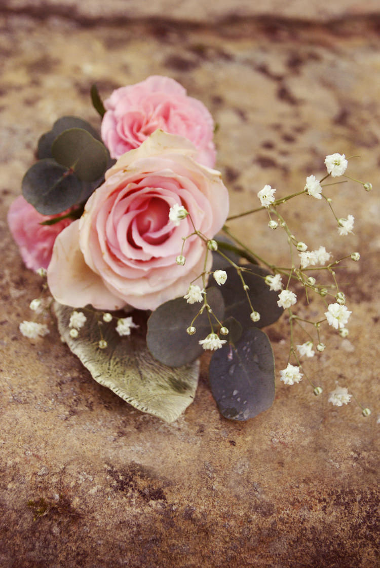 Pink Rose Buttonhole Vintage Country Garden Festival Wedding http://www.kimberleysta-mariaphotography.com/