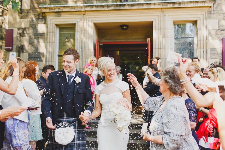 Confetti Throw Modern Chic Stylish City Wedding http://photographybymarclawson.com/