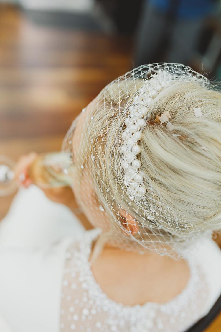 Pearl Birdcage Veil Bride Bridal Modern Chic Stylish City Wedding http://photographybymarclawson.com/