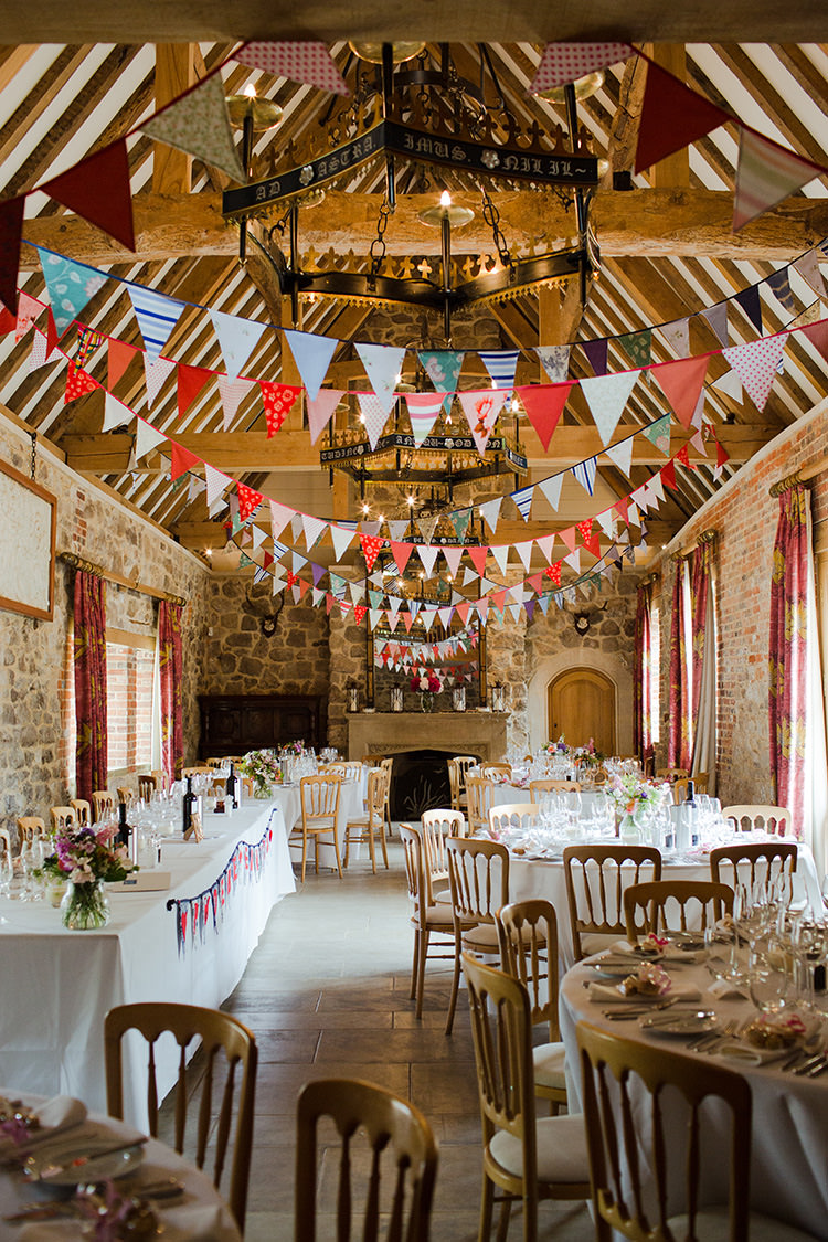 Glorious Wedding Bunting Ideas To Decorate Your Venue on barn weddings
