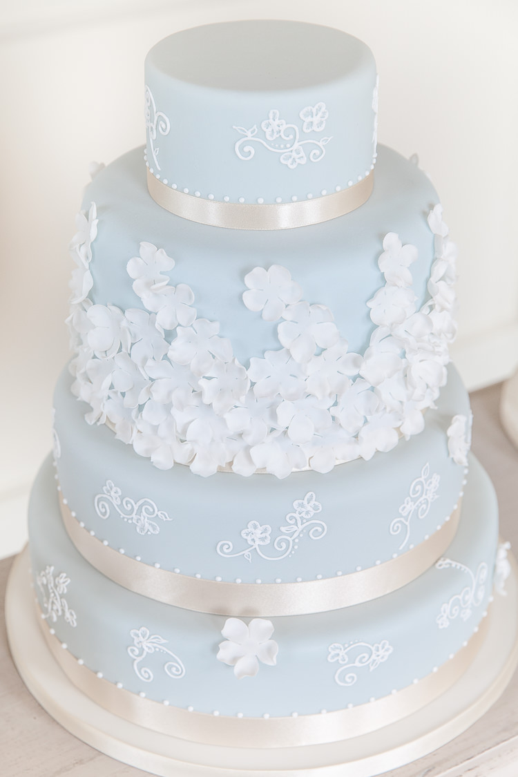 wedding cakes baby blue and white soft classic amp wedding ideas whimsical 23836