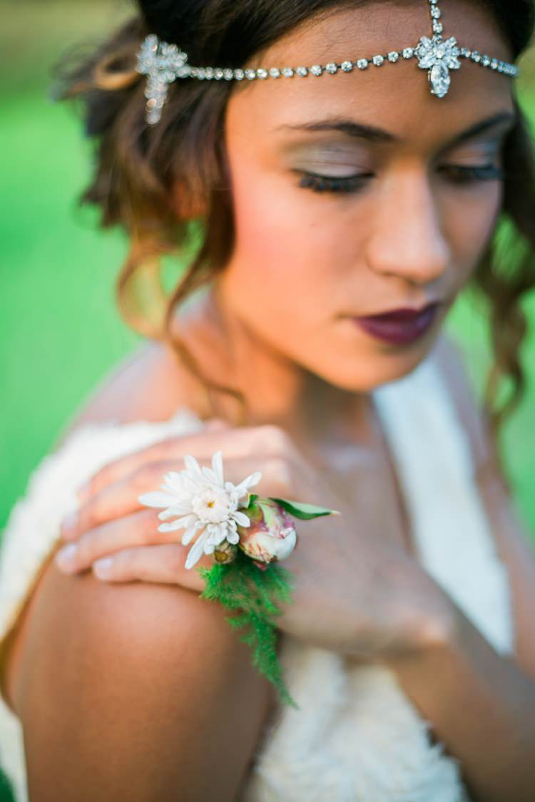 Flower Ring Bride Bridal Quirky Vintage Kiss Wedding Ideas http://www.sarahheartsphotography.com/