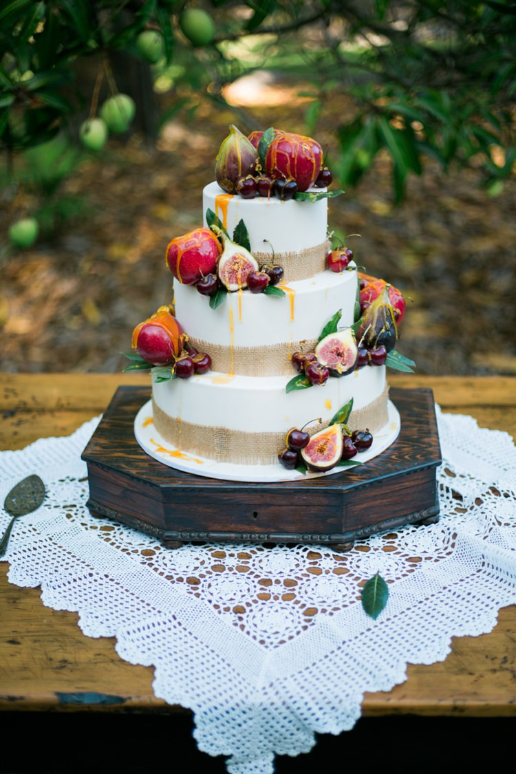 cute wedding cake ideas vintage wedding ideas whimsical 13274