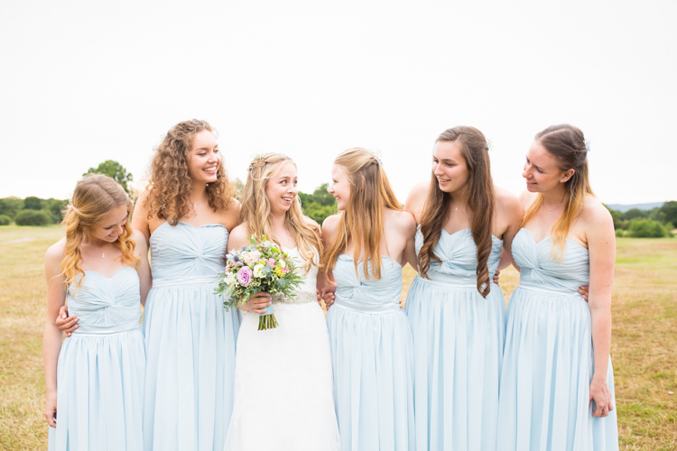 Pretty Fresh Summer Wedding http://www.charlotterazzellphotography.com/