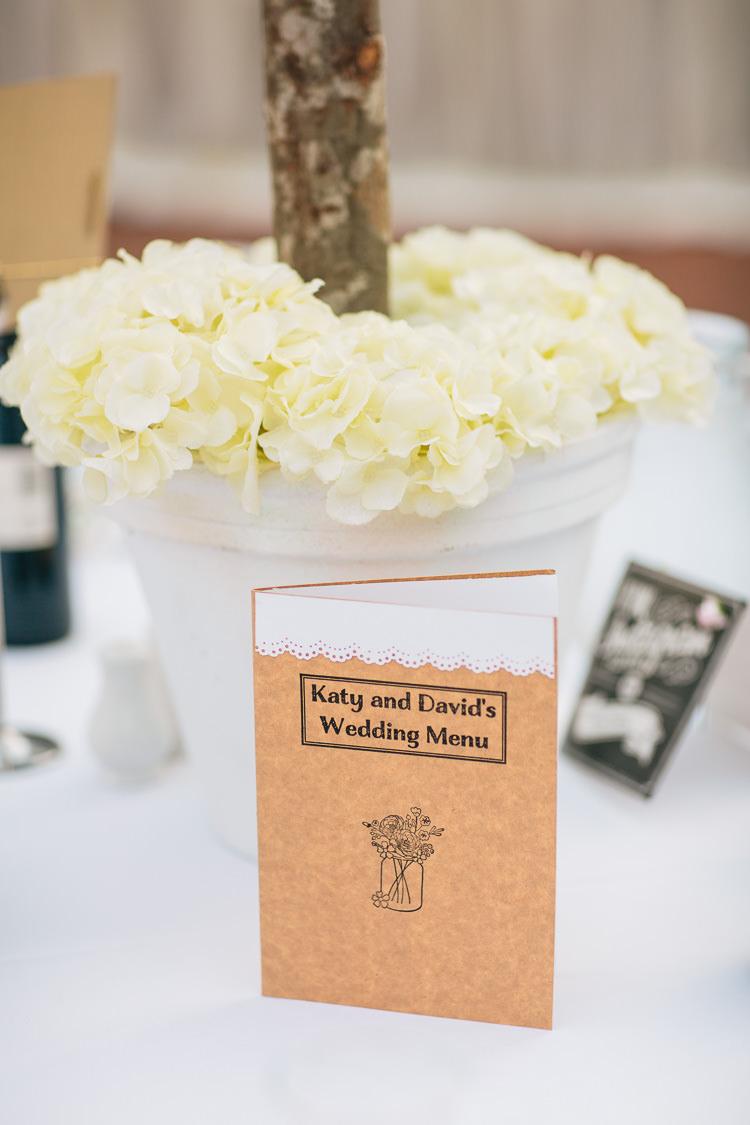 Menu Brown Kraft Paper Stationery Bohemian Floral Vineyard Wedding http://albertpalmerphotography.com/