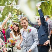Glorious Wedding Bunting Ideas to Decorate Your Day