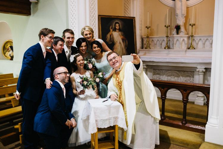 Selfie Relaxed DIY Pastel Wedding http://www.honeyandthemoonphotography.co.uk/