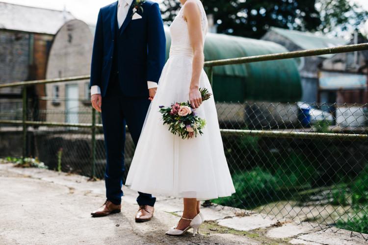 Relaxed DIY Pastel Wedding http://www.honeyandthemoonphotography.co.uk/