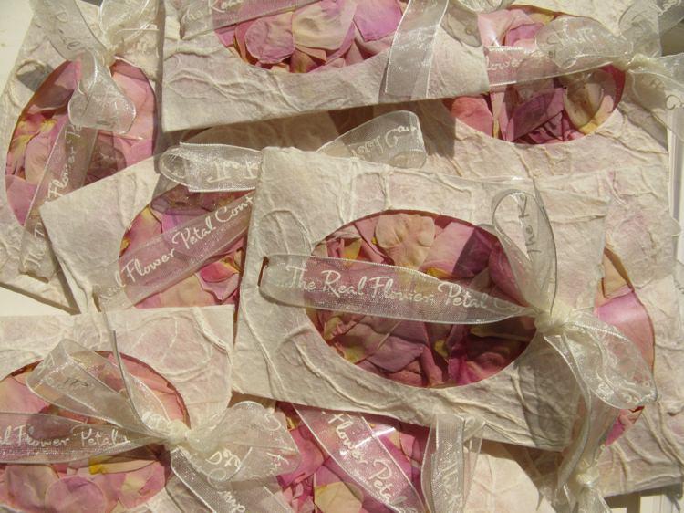 Confetti Envelopes. Credit- The Real Flower Petal Confetti Company