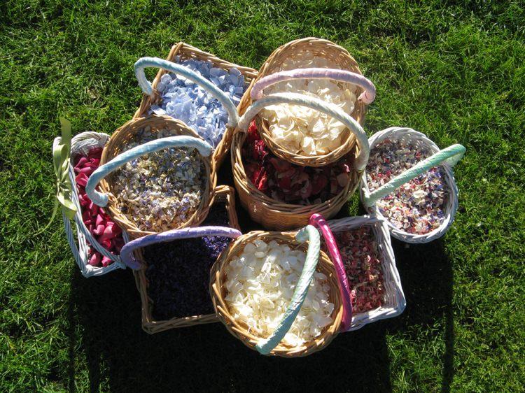 Confetti Petal Baskets. Credit- The Real Flower Petal Confetti Company