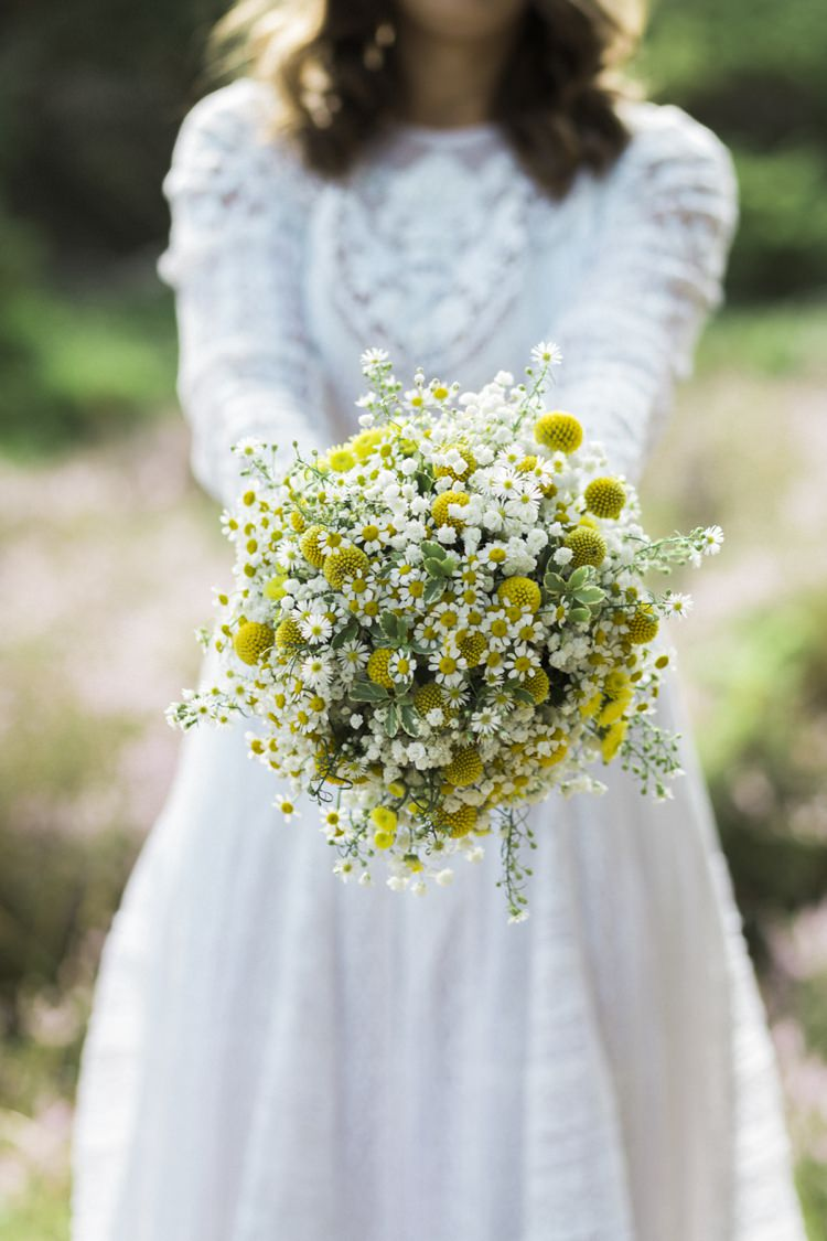 daisy flower bouquet wedding bohemian loch side pine forest wedding whimsical 3287