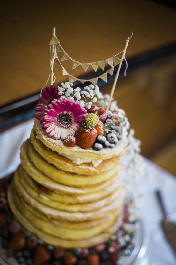 Layer Naked Cake Berries Sponge Bunting Flowers Bohemian Loch Pine Forest Wedding http://solenphotography.co.uk/