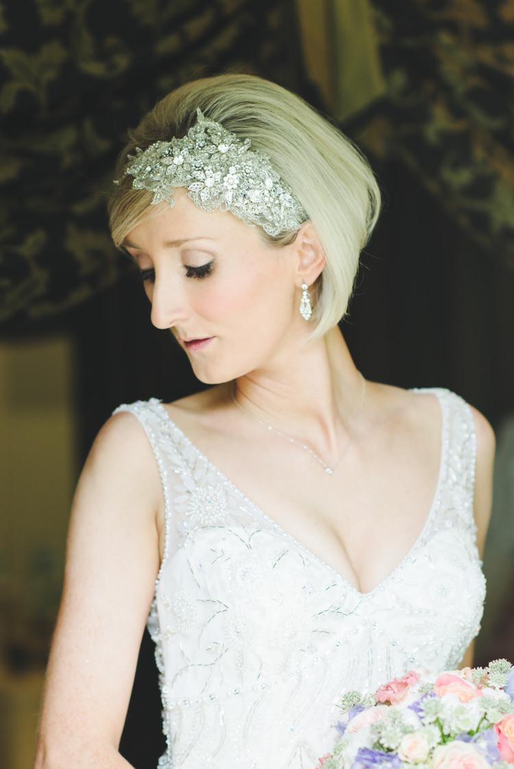 Bob Short Hair Bride Bridal Accessory Band Pretty Pastel Sparkly Wedding https://www.georgimabee.com/