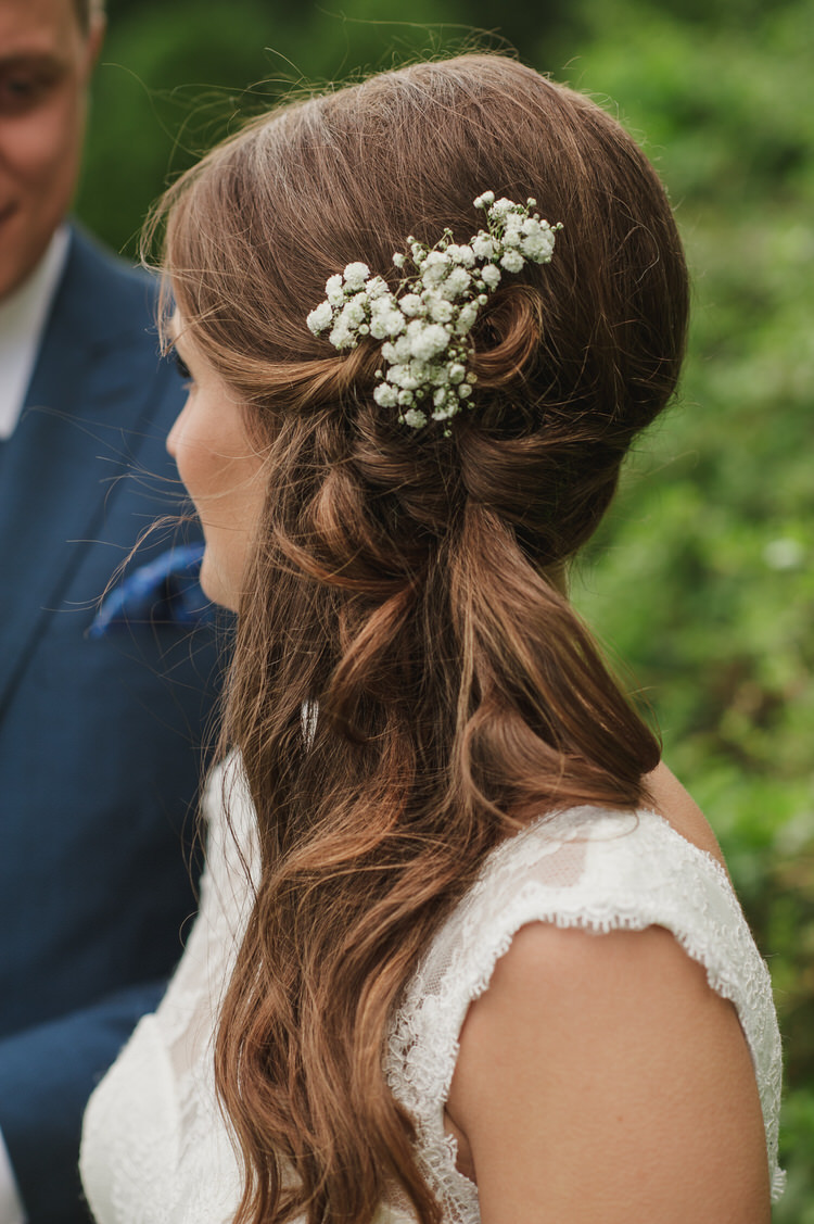 Hair Bride Bridal Waves Side Flowers Twist Style Pretty Blue Country Barn Spring Wedding http://karenflowerphotography.com/
