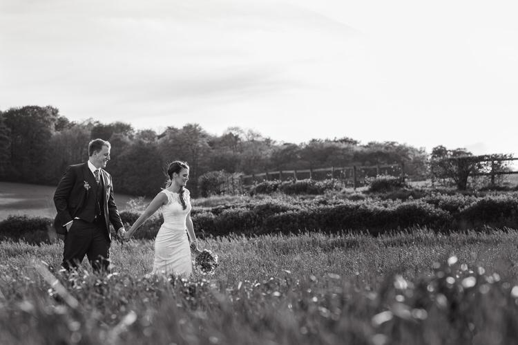 Pretty Blue Country Barn Spring Wedding http://karenflowerphotography.com/