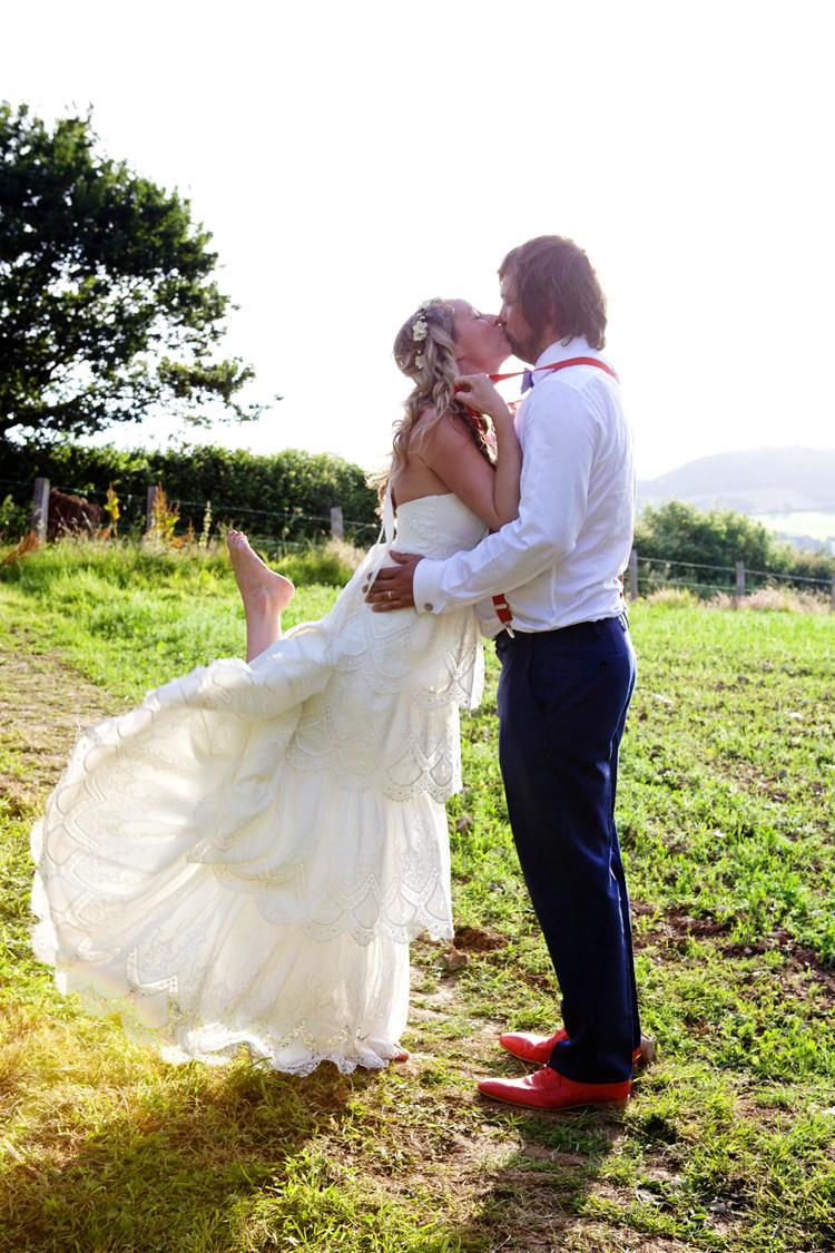Elizabeth Armitage Photography Wedding Directory UK Supplier