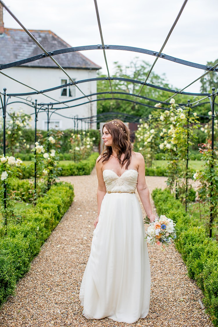 Southern Comfort Sarah Seven Dress Gown Boho Sweetheart Natural Soft Stylish Luxe Wedding http://www.katherineashdown.co.uk/