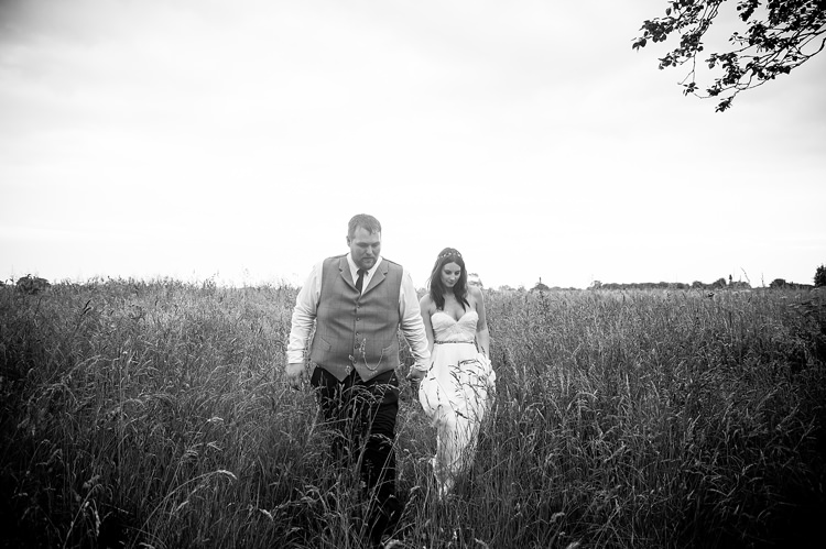 Natural Soft Stylish Luxe Wedding http://www.katherineashdown.co.uk/