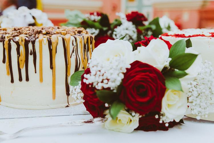 Drip Cake Chocolate Alternative Vintage Glamorous Wedding www.photo.shuttergoclick.com