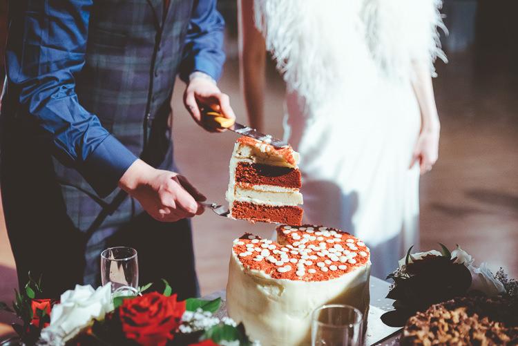 Red Velvet Cake Alternative Vintage Glamorous Wedding www.photo.shuttergoclick.com