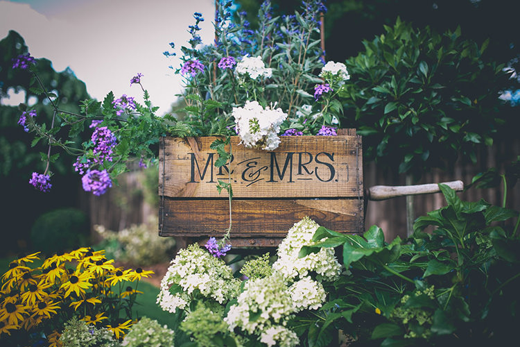 Mr Mrs Crate Flowers Origami Books Barn Wedding http://storyandcolour.co.uk/