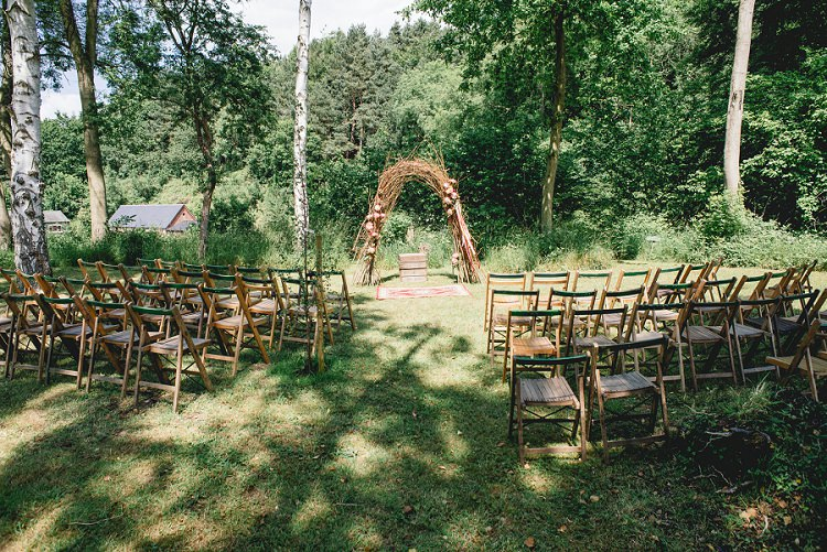 Keeper Dell Norfolk Outdoor Ceremony Laid Back Bohemian Festival Wedding http://benjaminmathers.co.uk/