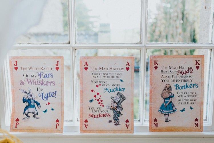Alice in Wonderland Wedding Ideas http://nataliepluck.com/