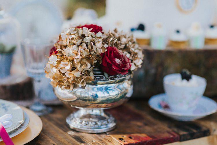 Flowers Table Centrepiece Alice in Wonderland Wedding Ideas http://nataliepluck.com/