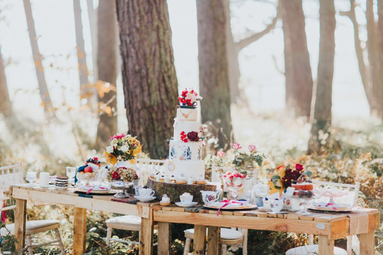 Woods Table Outdoor Whimsical Alice in Wonderland Wedding Ideas http://nataliepluck.com/