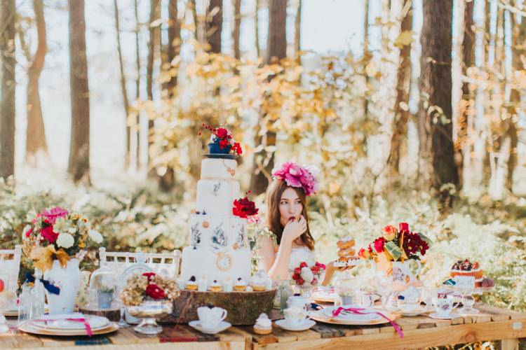 ... Alice In Wonderland Wedding Ideas Http://nataliepluck.com/
